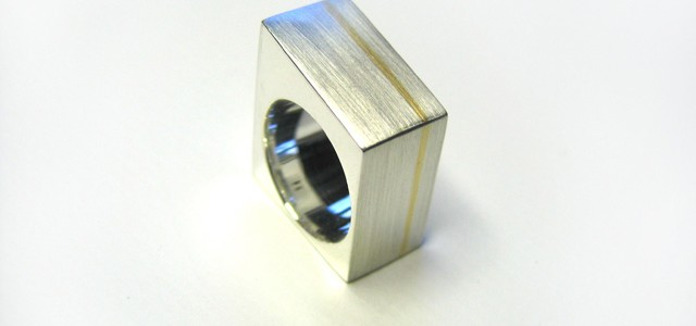 Goldline box ring