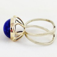 Heirloom lapis lazuli in yellow and white gold.